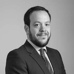 equipo abogados comunidades de propietarios vecindia aitor imanol reyero arregui abogado especialista en propiedad horizontal 586x586 - Abogados Comunidades Propietarios Cádiz