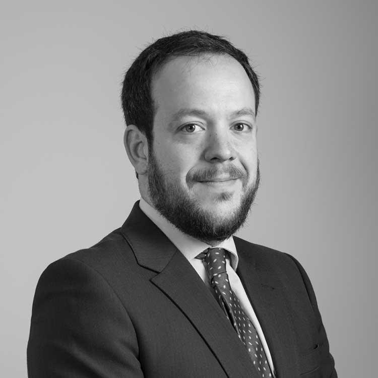 equipo abogados comunidades de propietarios vecindia aitor imanol reyero arregui abogado especialista en propiedad horizontal - Obligaciones fiscales de la comunidad de propietarios en 2018